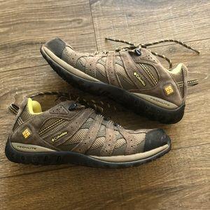 Columbia Techlite waterproof hiking sneakers